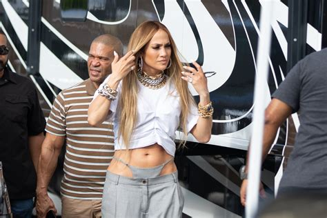 Jennifer Lopez EXPOSES thong in bizarre look while filming