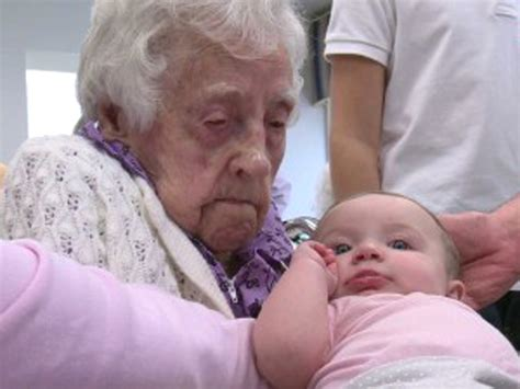 Iowa woman, 115, becomes the world's oldest living person