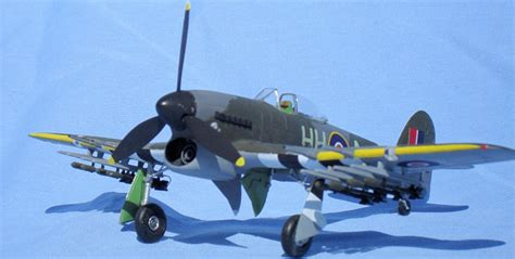 Academy 1/72 Hawker Typhoon, by George Oh