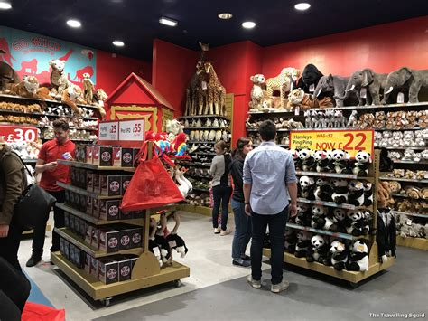 Visiting the Hamleys toy store on Regent Street - The